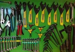 Инструменты, аптечки