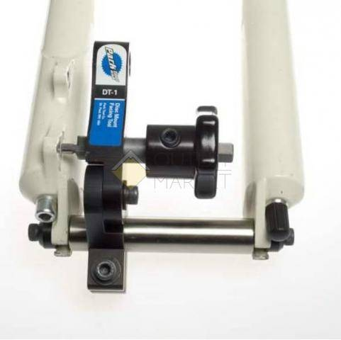 Цифровой индикатор искривления ротора ParkTool устан. на DT-3