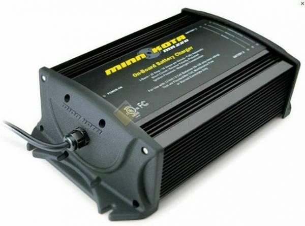 Бортовое зарядное устройство MINN KOTA MK-220E 2 bank x 10 amps